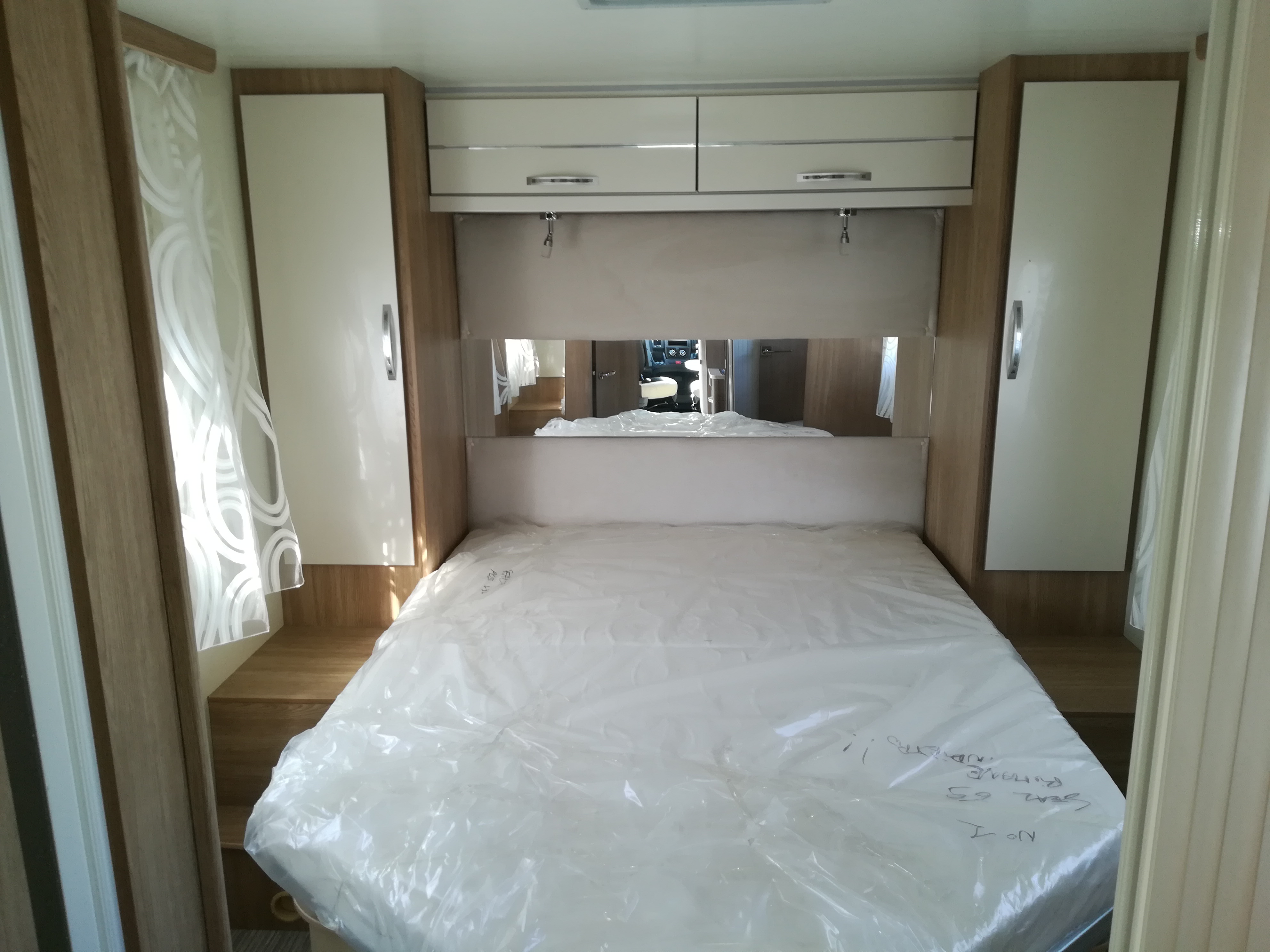 camping car neuf rimor seal 69p plus profil sur fiat. Black Bedroom Furniture Sets. Home Design Ideas