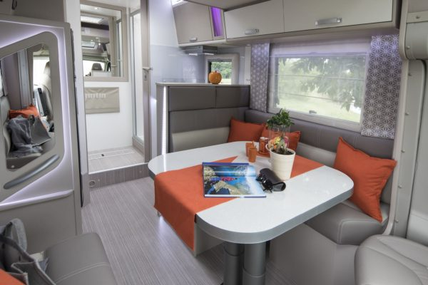 camping car profil notin sur porteur fiat lugo. Black Bedroom Furniture Sets. Home Design Ideas